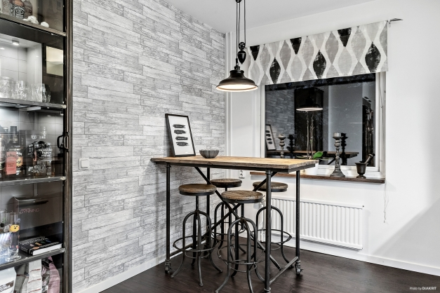 Bra plats för matbord i köket