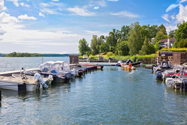 Småbåtshamn på Täbysidan