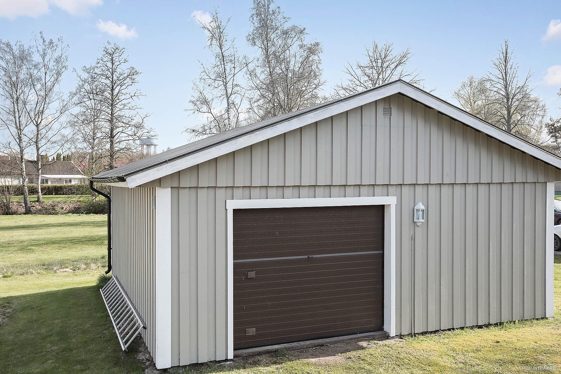 Garage med gott om plats
