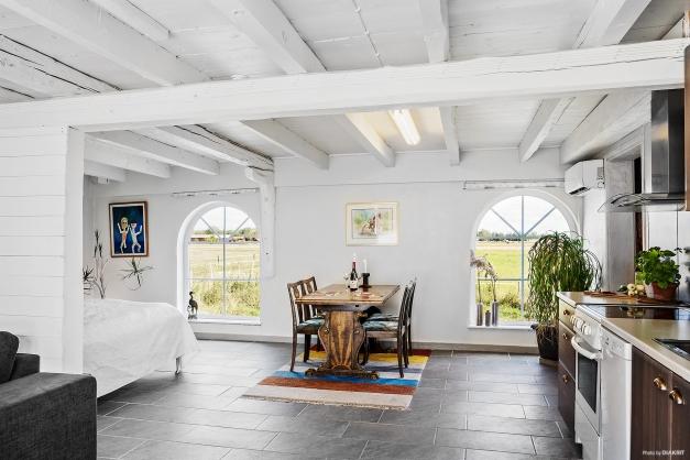 Nybyggd studio/lägenhet om ca 50 kvm.