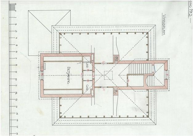 Originalritning våning 3 ifrån början av 1900 talet / Vindsvåning ombyggd och tillbyggd till lägenhet idag.