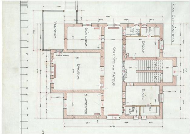 Originalritning våning 1 ifrån början av 1900 talet / ombyggd och tillbyggd till lägenhet idag.