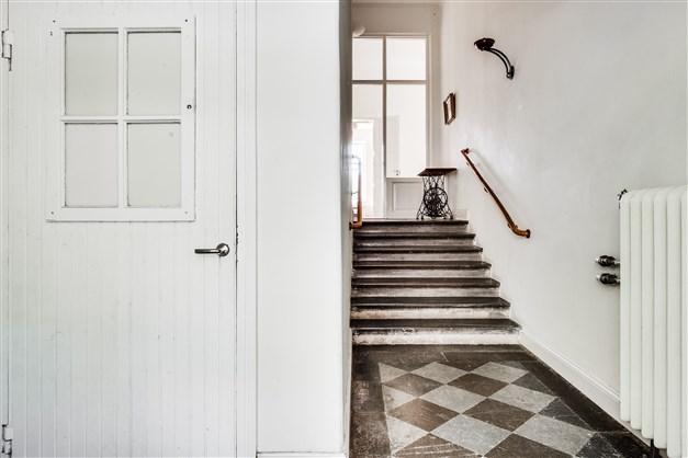 Lägenhet Våning 1