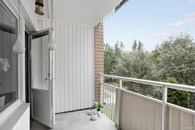Härlig balkong mot sydväst