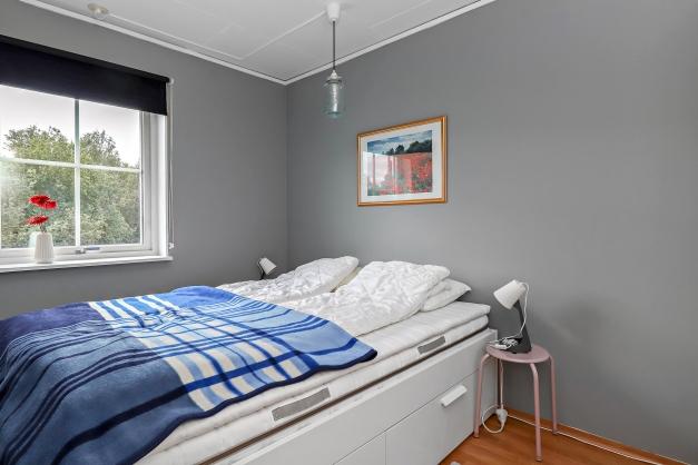 Sovrum längst in i lägenheten
