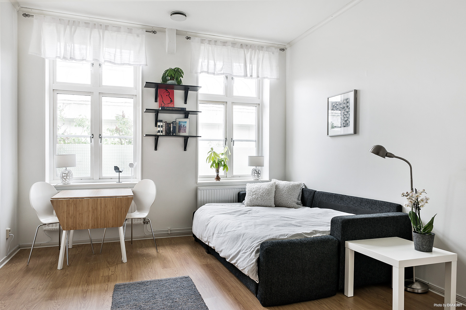 Allrum med utbäddad säng