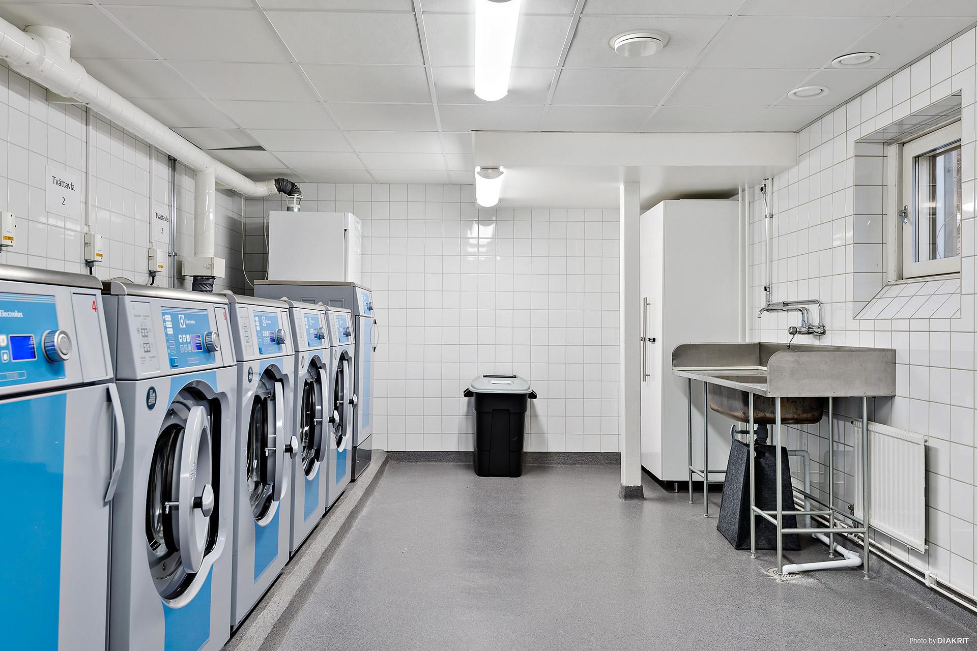 Riktigt modern och trevlig tvättstuga