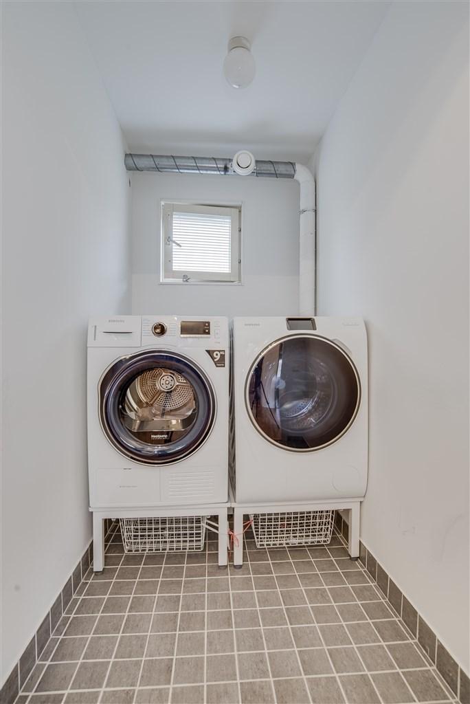 Lägenhetens tvättstuga