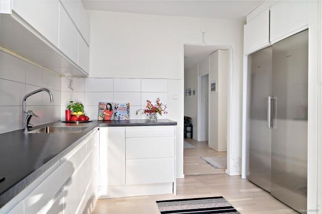 Köket i riktning mot hallen