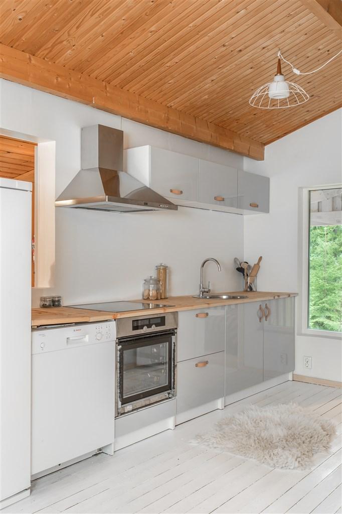 Köket är monterat 2019