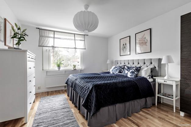 Sovrum ett, nyttjas idag som master bedroom