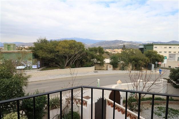 Utsikt från balkongen från master bedroom