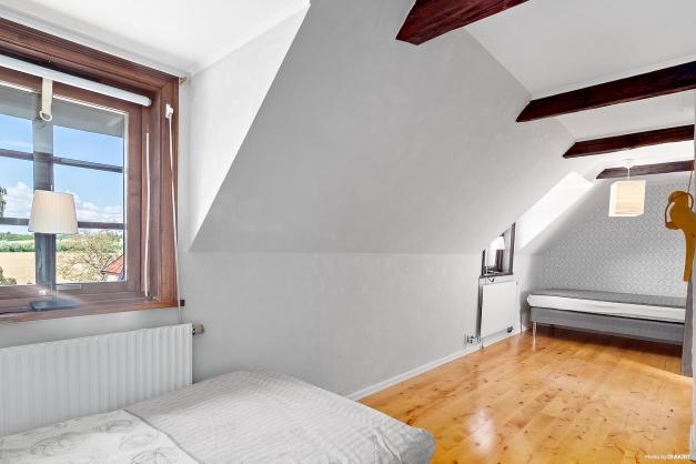 Sovrum 2 ovanvåning