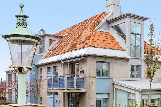 Lägenhetens balkong mot söder