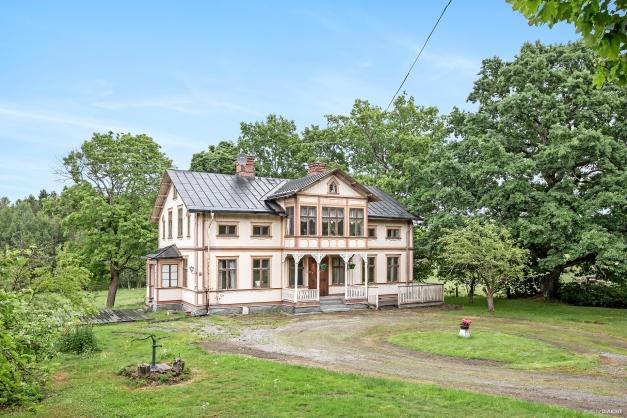 Välkommen till Dunderbergsgården i Ockelbo