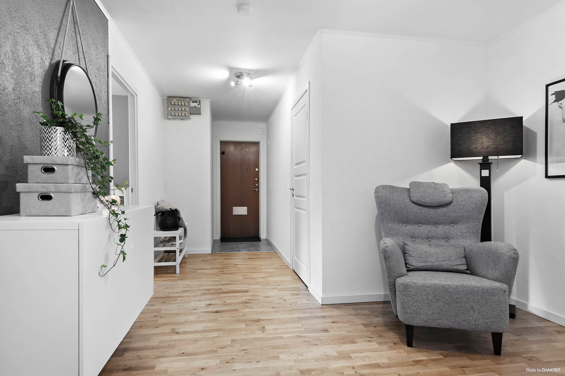 Stor möblerbar hall