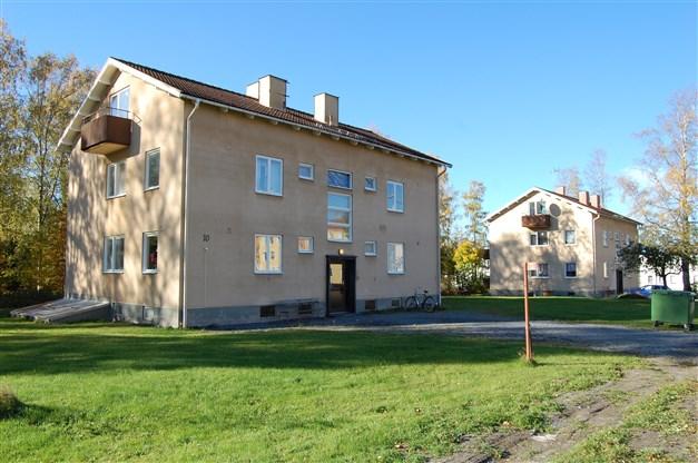 Finnbergsvägen 8 och 10