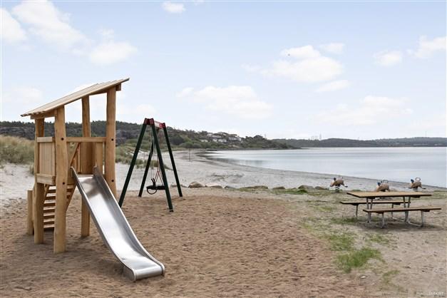 Lekplatsen vid stranden