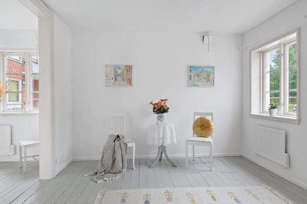Välkomna till ett av Trelleborgs charmigaste hus på Strandgatan 48A