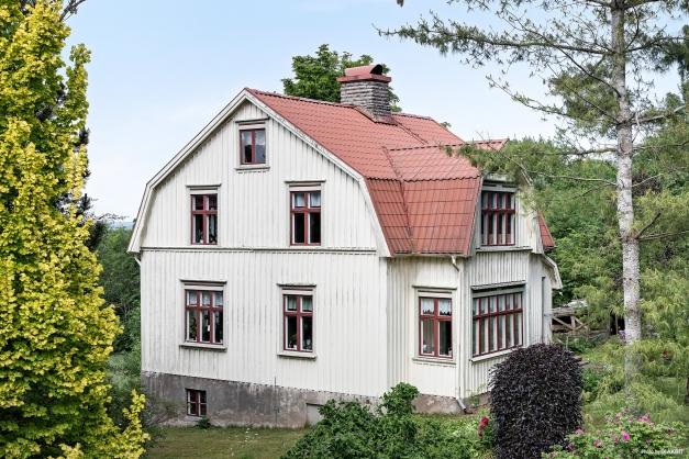 Ett bevarat hem med många fina originaldetaljer