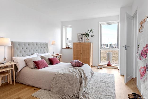 Master bedroom plan tre med eget bad och klädkammare