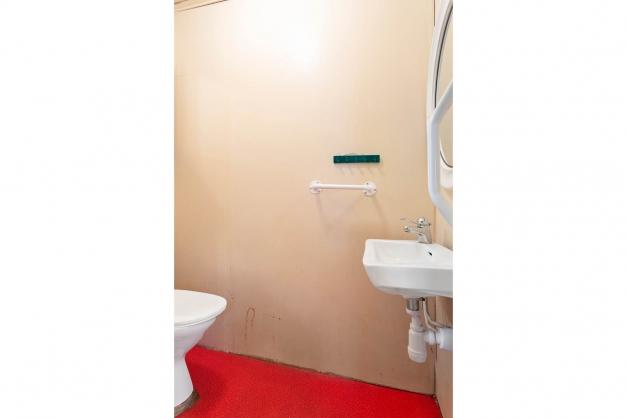 Lilla toaletten på entreplan