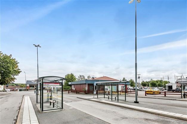 Busstationen