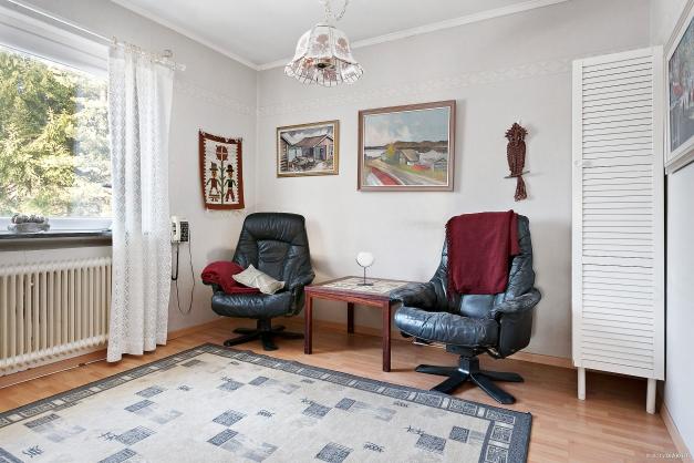 Sovrum som idag används som tv-rum