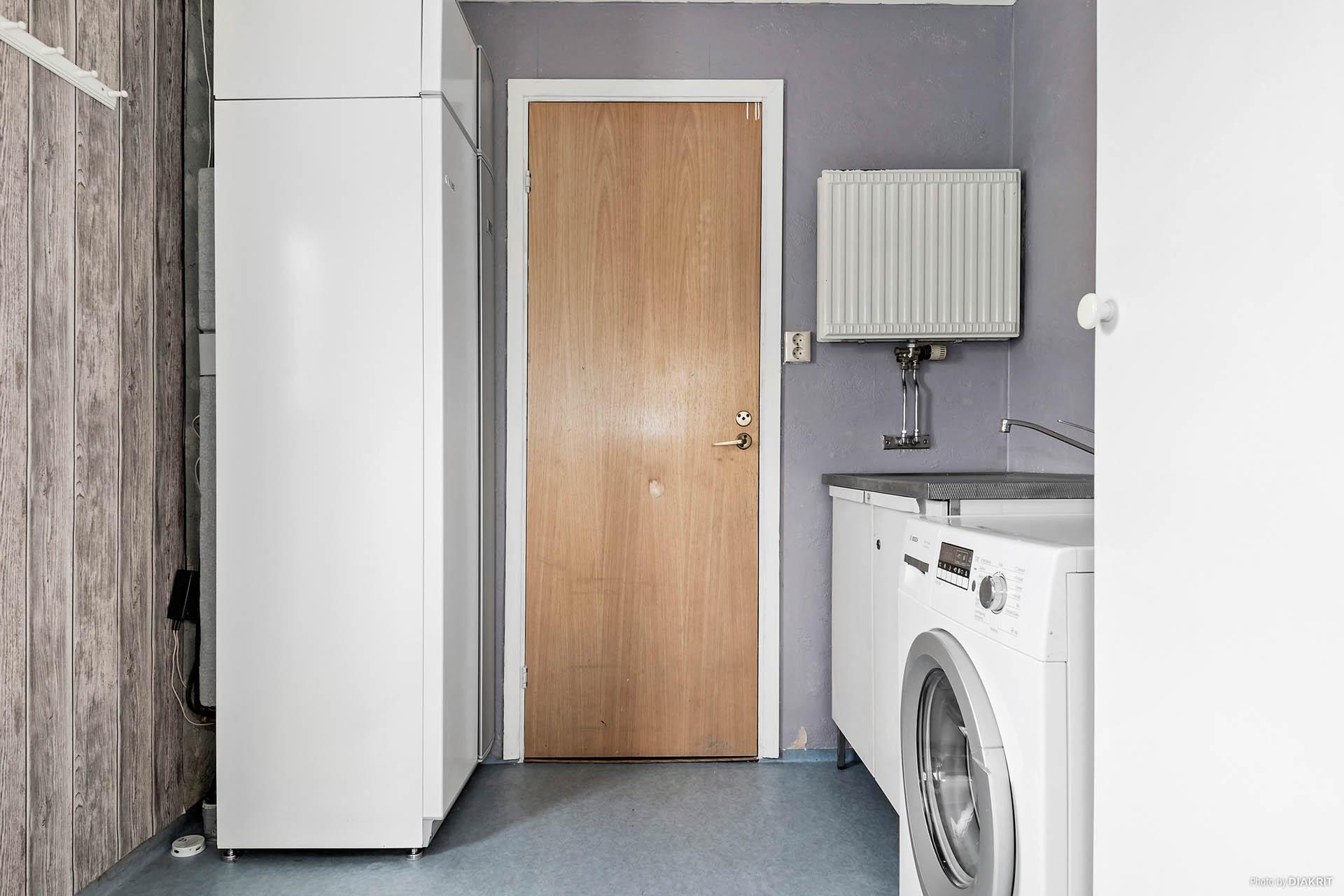 Groventré / tvättstuga