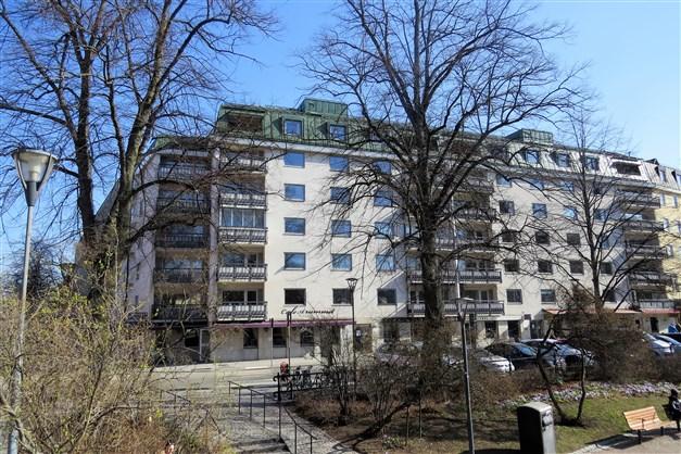 Östra Ågatan 11