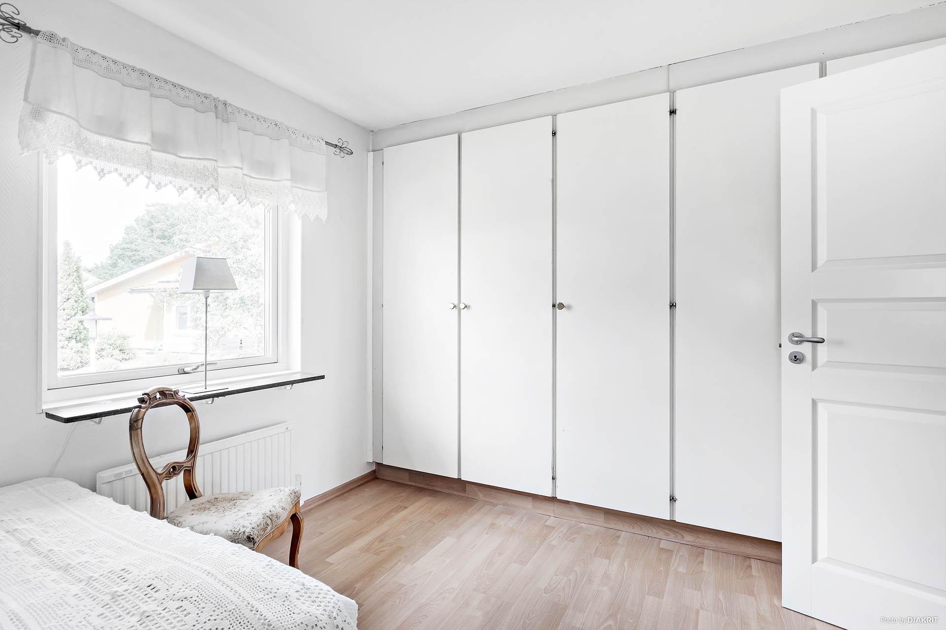 Master bedroom på ovanvåning