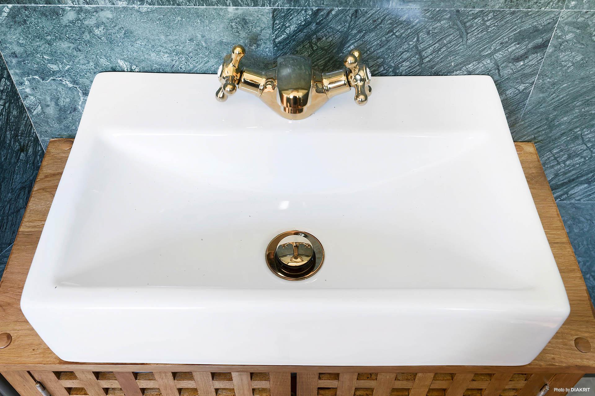 Handfat i badrum