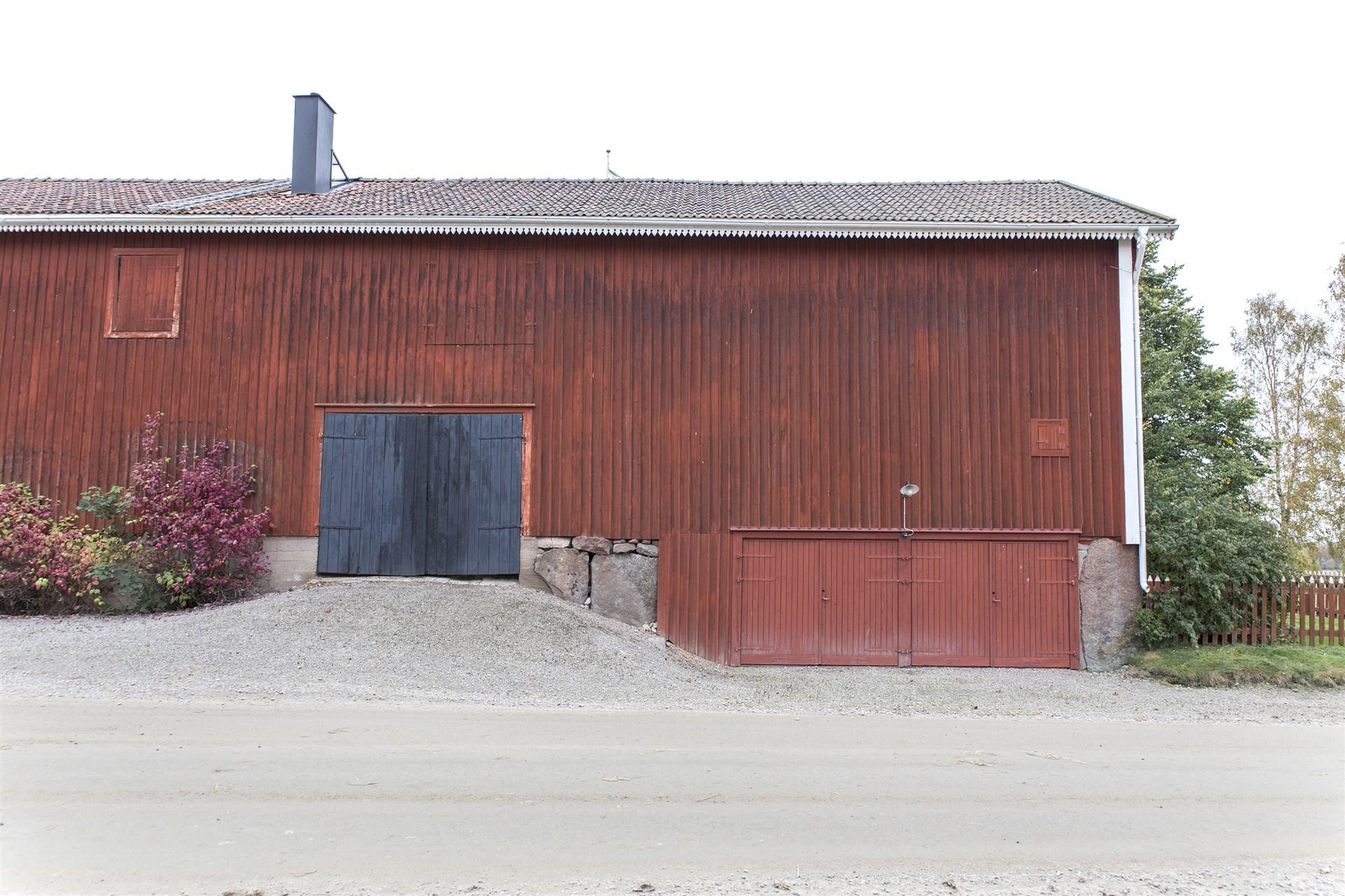 Västergården med garage