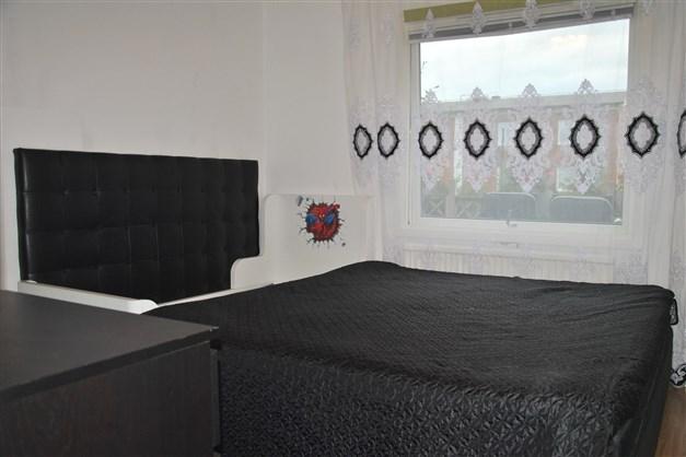 Sovrum 1 (vid hallen)