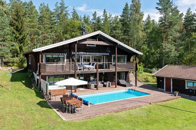 Fantastiskt hus med naturen som granne
