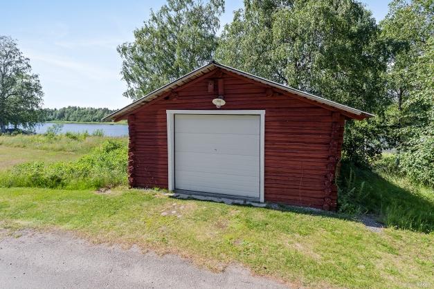 Garage /fjärrstyrd port