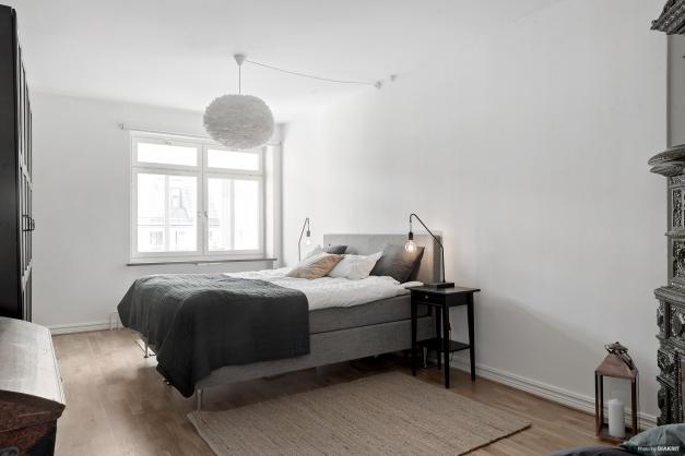 Sovrum mot innergård