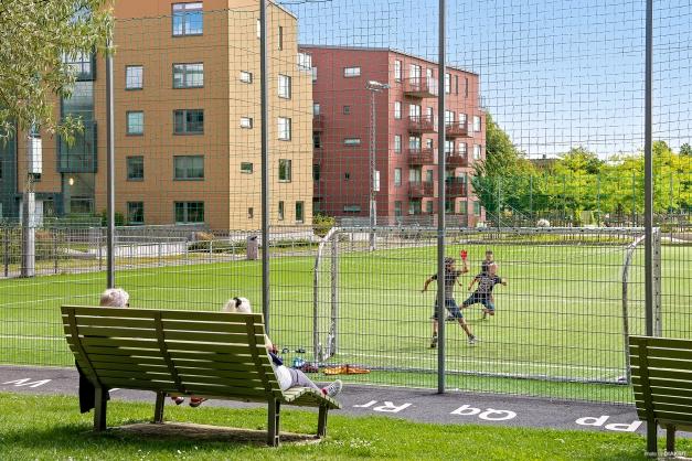 Fotbollsplan i området.