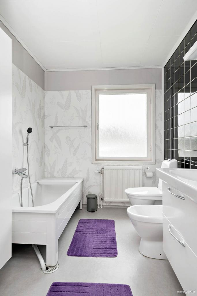 Toalett/bad i ovanplan