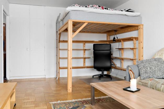 Optimalt möblerat, sängen kan lämnas kvar om köparen önskar