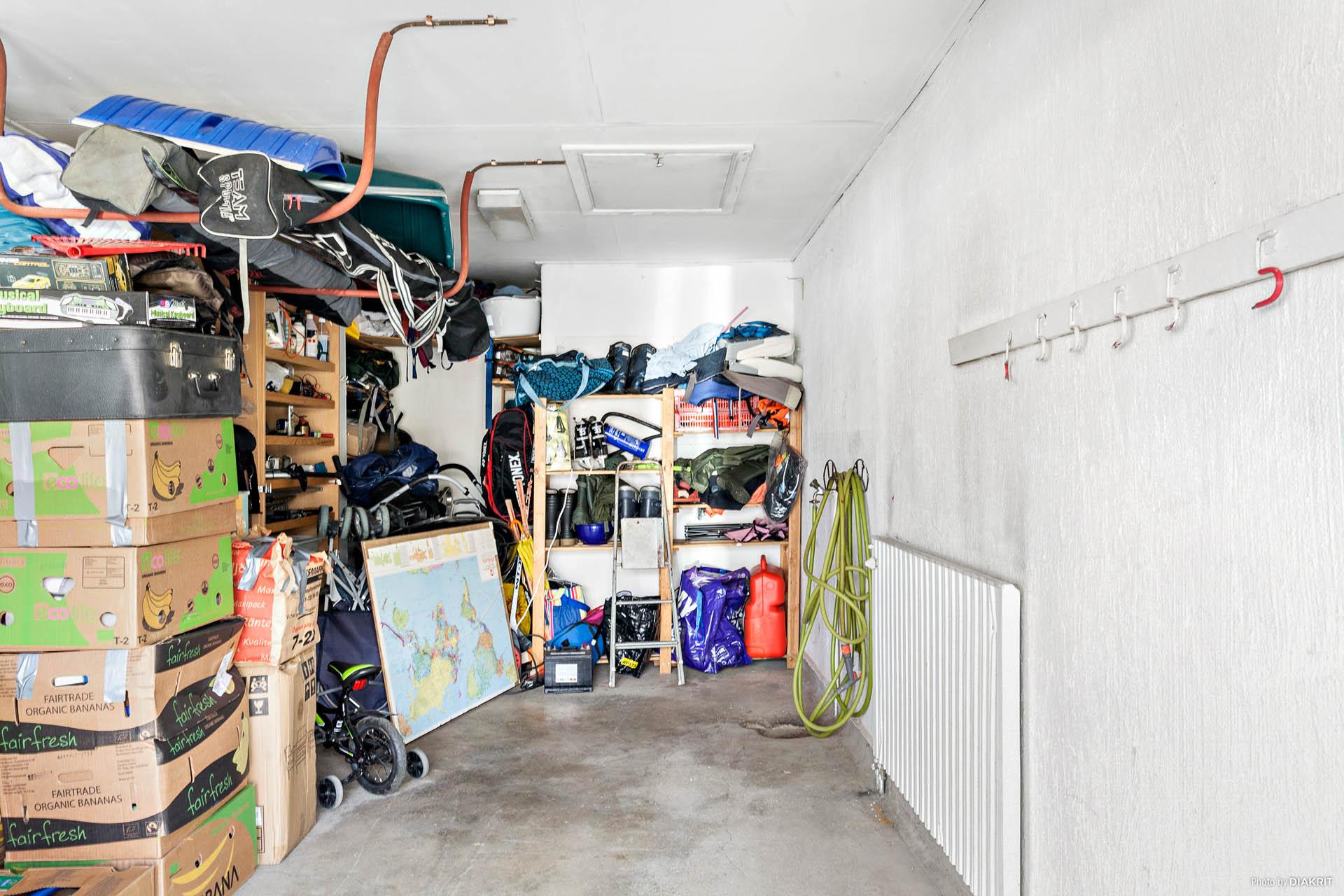 Rymligt garage!