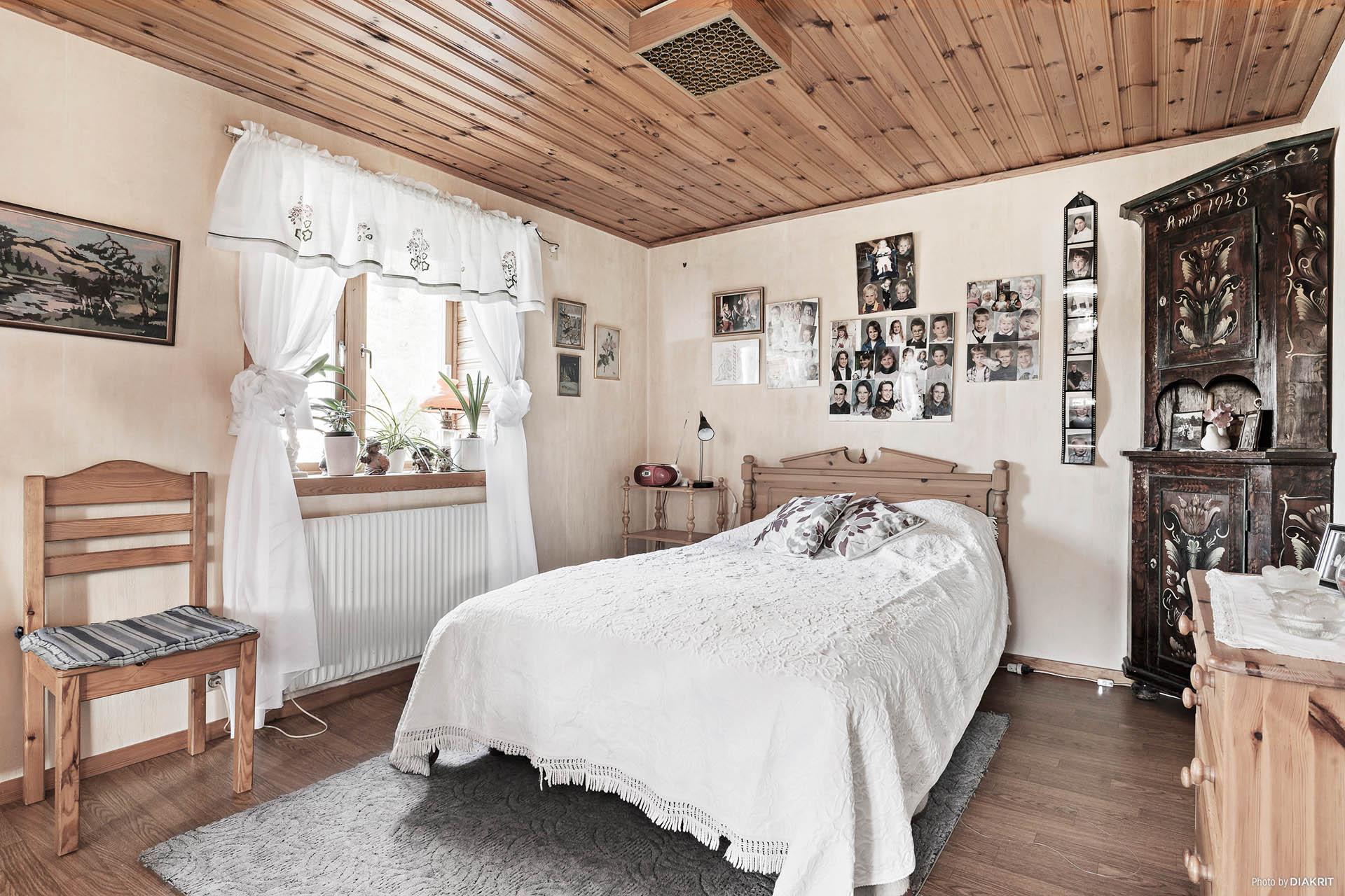 Delen av vardagsrummet som är i vinkel. Detta kan göras om till ytterligare ett sovrum om man önskar fler sovrum