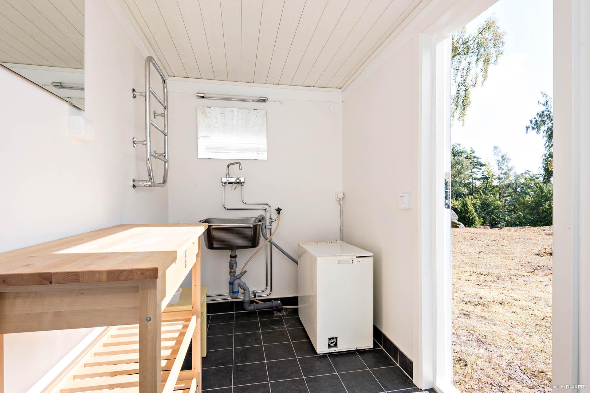 Tvätt/dusch i garage