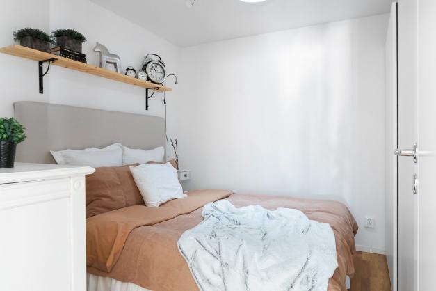 Sovrum i anslutning till tvättstugan