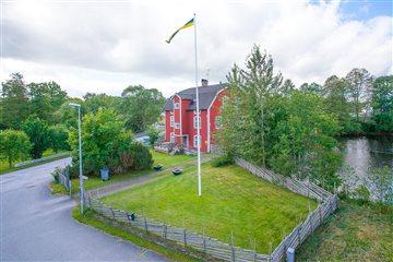 Missionsgatan 1, Holsbybrunn