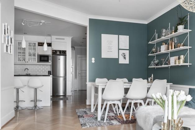 Vardagsrum mot kök