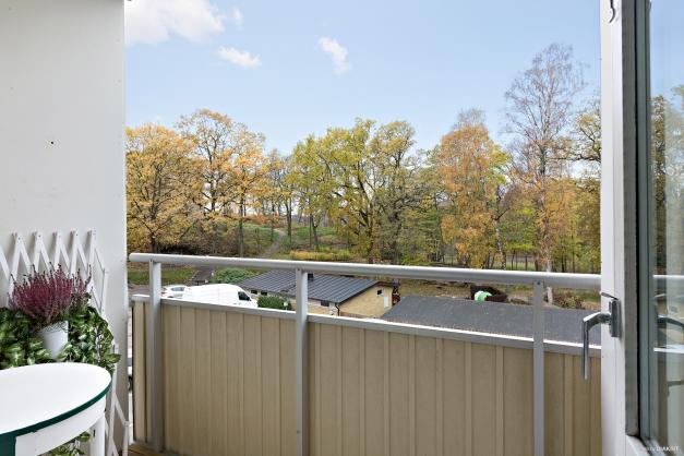 Balkongen når du från sovrum 2