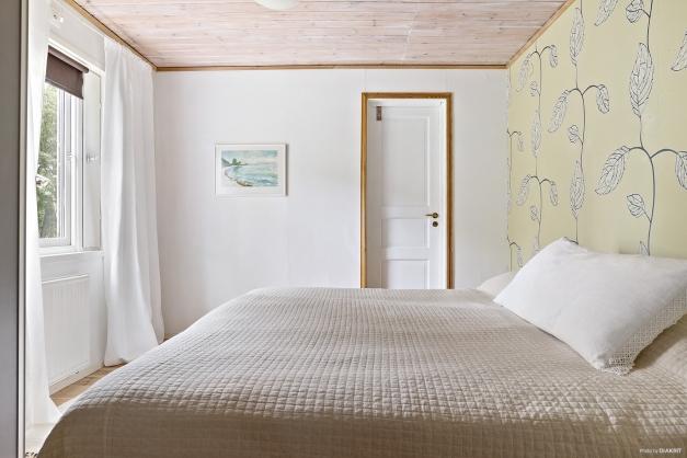 Ljust och trevligt sovrum