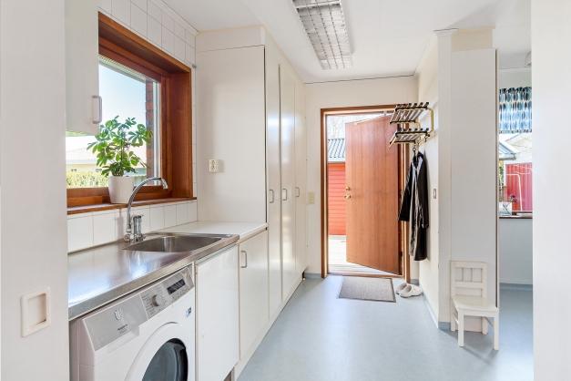 Tvättstugan invid köket