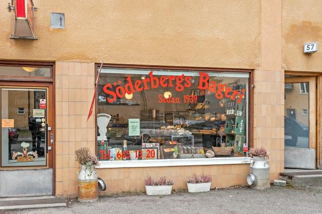 Söderbergs bageri ligger på Cedergrensvägen